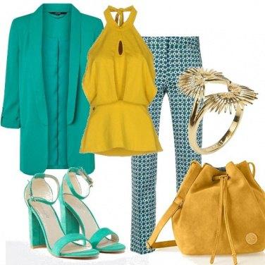 Outfit Giallo e verde versatile