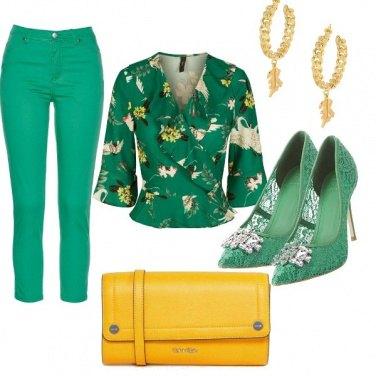 Outfit Smeraldo e zafferano