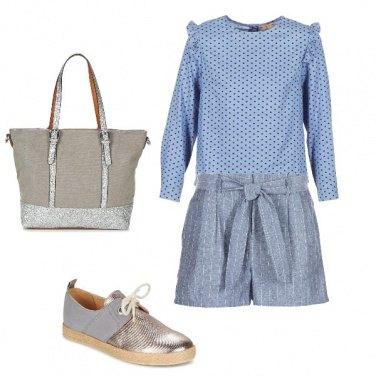 Outfit Pantaloncini e camicia celeste e argento