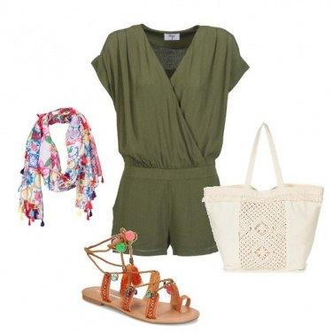 Outfit I sandali pon-pon