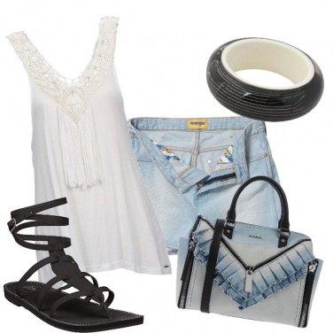 Outfit Shorts nascosti