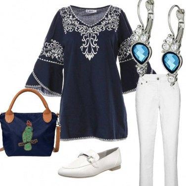 Outfit Col bianco e blu non sbagli mai