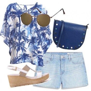 Outfit In blu con stile