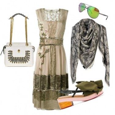 Outfit Vestito boho style e foulard