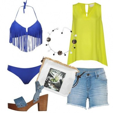 Outfit Bikini con frange e blusa lime