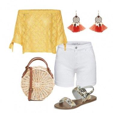 Outfit Gli shorts bianchi