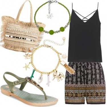 Outfit Shorts stampa etnica