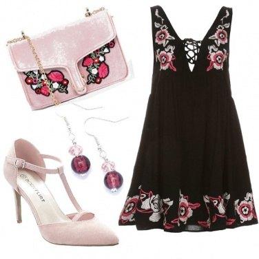 Outfit Rose romantiche