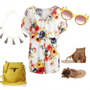 Outfit Boho chic con tocco glam