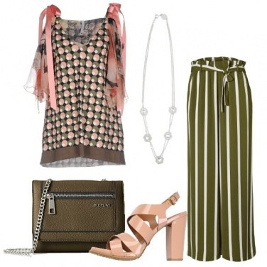 Outfit Mix and match in verde e rosa
