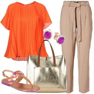Outfit L\'arancione per l\'ufficio