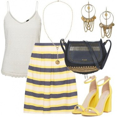 Outfit Pomeriggio in giallo e blu