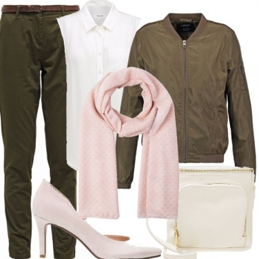 Outfit Per molte occasioni. look in low.