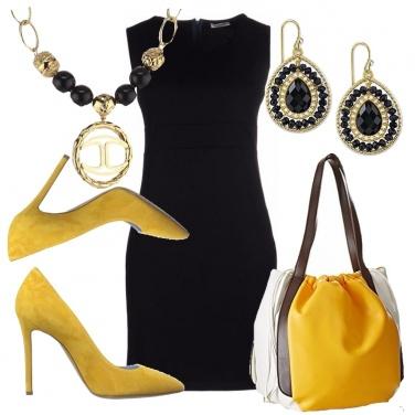 Outfit Una curvy in giallo e nero