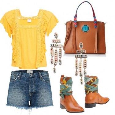Outfit Maglietta gialla