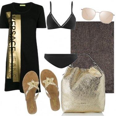 Outfit Oro per celebrare il bikini