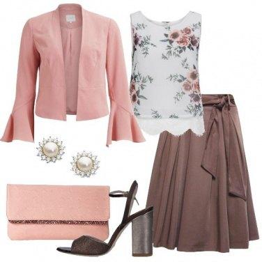 Outfit Marrone e rosa