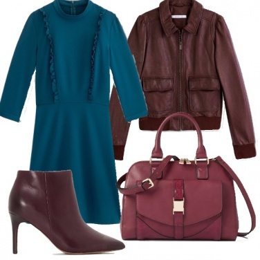 Outfit Blu pavone & burgundy