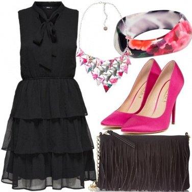 Outfit Nero e magenta