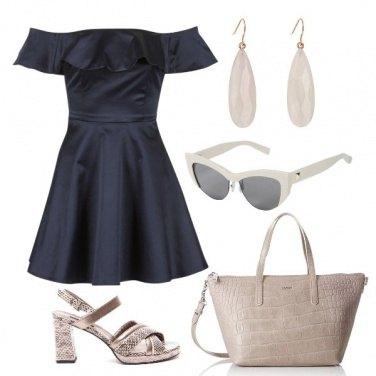Outfit Vestito blu
