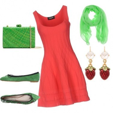 Outfit Tubino rosso apericena