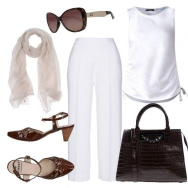 Outfit BASIC in bianco e cacao