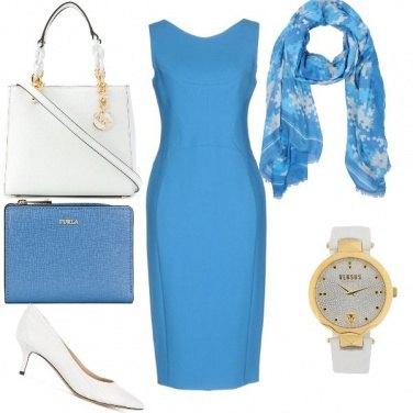 Outfit Tubino azzurro ufficio
