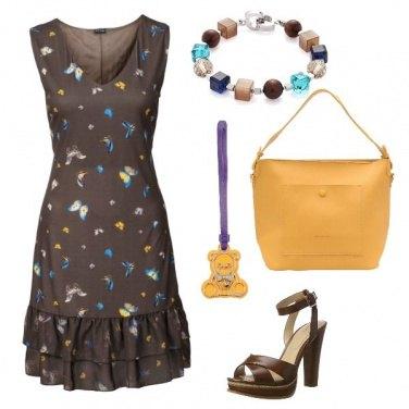 Outfit Farfalle sul vestito