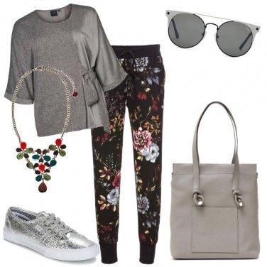 Outfit Casual in grigio silver