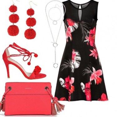 Outfit Cerimonia con accessori rossi