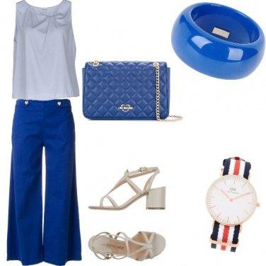 Outfit Trendy, colori coordinati accessori chic