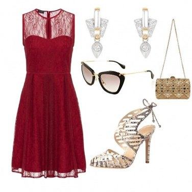 Outfit Rosso e oro