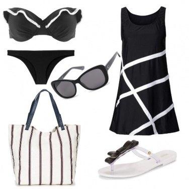 Outfit Bianco e nero per la spiaggia