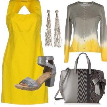 Outfit Ufficio grigio&giallo