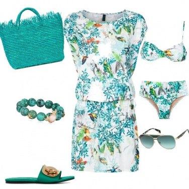 Outfit Sottosopra mare verde smeraldo