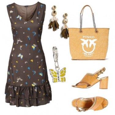 Outfit Vestito con farfalle e borsa pinko