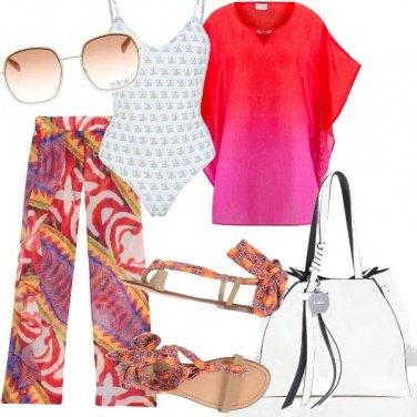 Outfit Spiaggia colorata