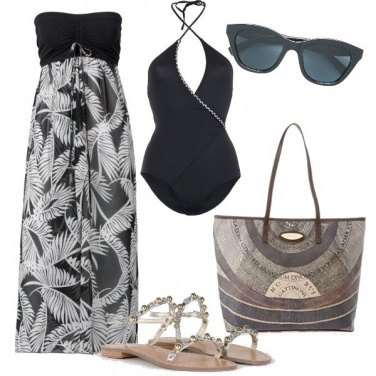 Outfit Sobria in spiaggia