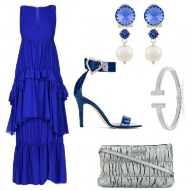 Outfit I sandali blu