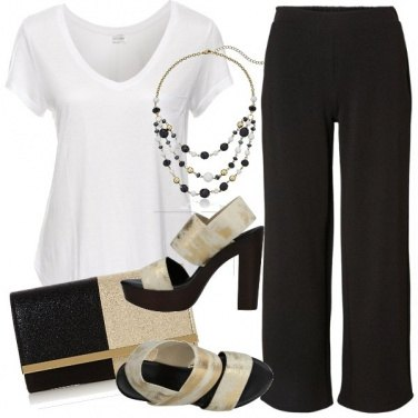 Outfit Con una semplice t-shirt bianca