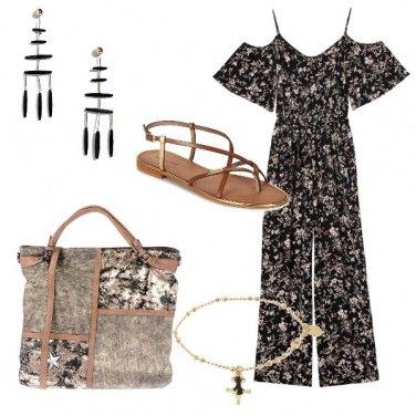 Outfit CMPS European female