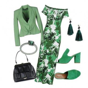 Outfit Nei toni del verde