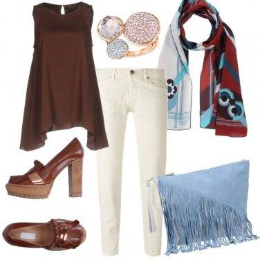 Outfit Marrone e azzurro