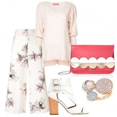 Outfit Confortevole e romantico