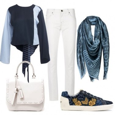 Outfit Basic in blu