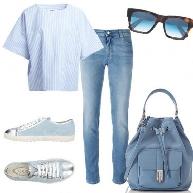 Outfit Casual in azzurro