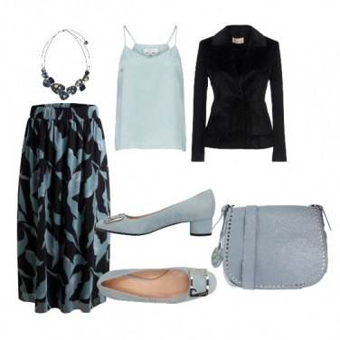Outfit Elegante azzurro polvere