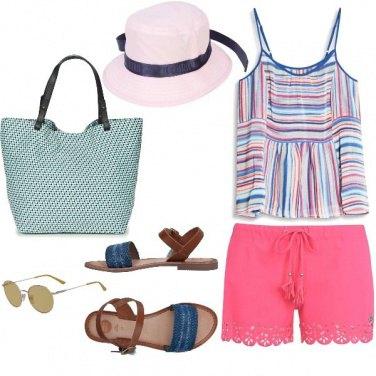 Outfit Basic, tipicamente al mare