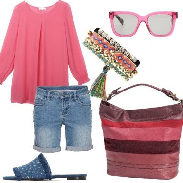 Outfit Rosa e shorts