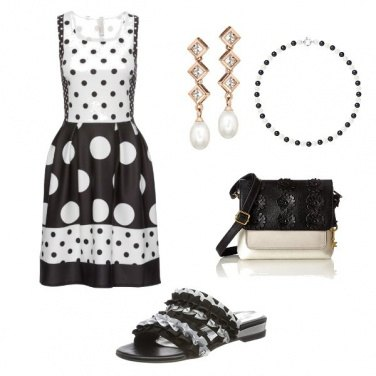 Outfit Pois Black and White